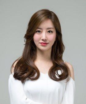 CLOE 애쉬카키 브라운 컬러 & 청순 여신 웨이브